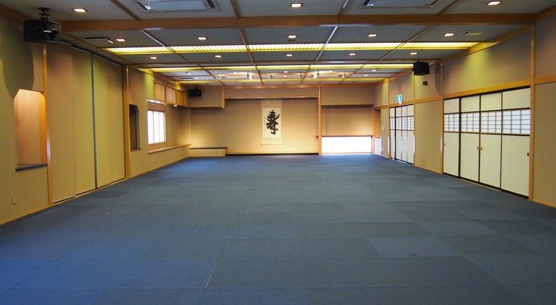最大120畳の大宴会場!カーペットフロア、畳いずれも可!研修や発表会、展示会などに!