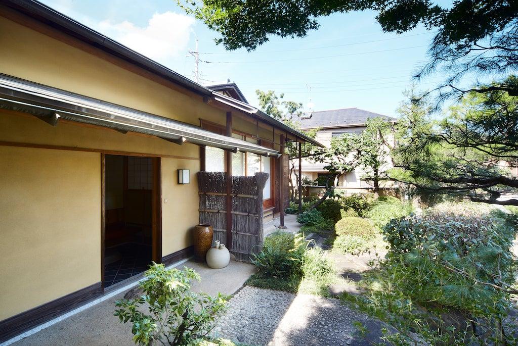 日吉駅からすぐ!本格的な和の空間!!素敵な庭付きの茶室です。習い事教室・お稽古・コスプレ撮影・会合・会議などに! のサムネイル