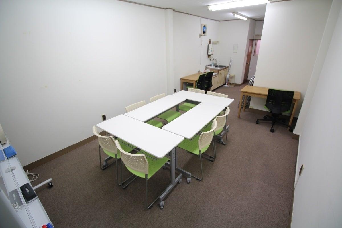 【神田駅 30秒!】いちご会議室 神田西口 wifi&プロジェクター無料♪ の写真