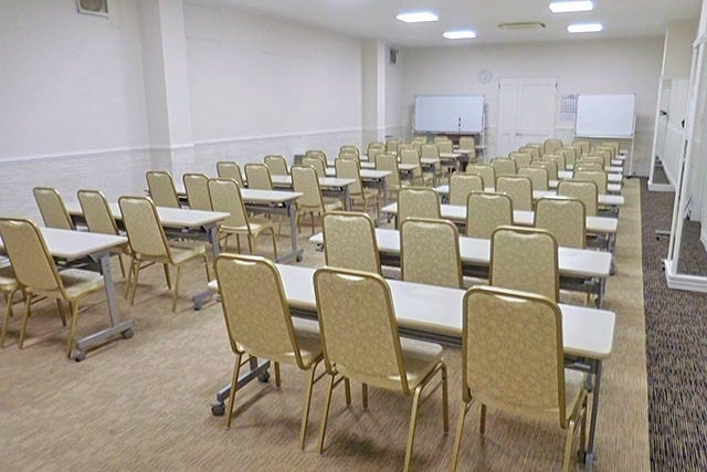 【新横浜駅徒歩3分】新横浜3丁目大ホール(Room2) / 新横浜 会議 パーティー の写真