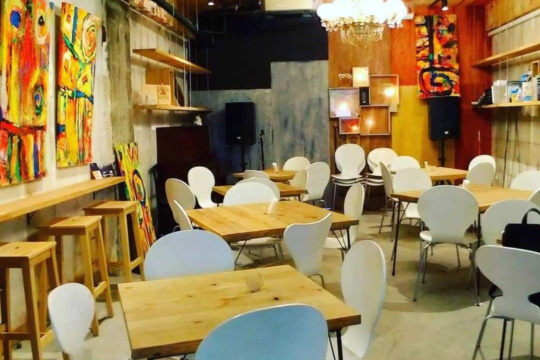 横浜・関内の路面店舗:シェアカフェ『泰生ポーチフロント』 の写真