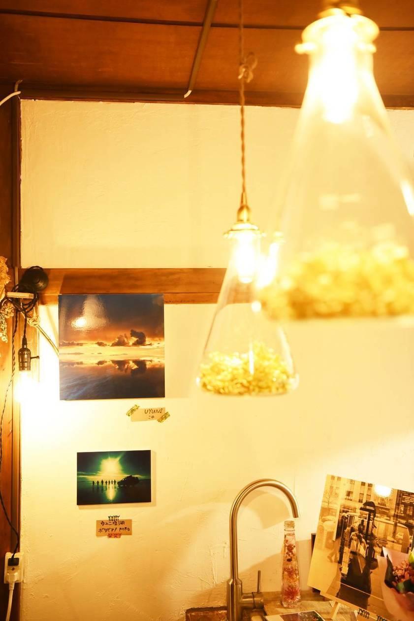 緑が溢れる隠れ家的古民家カフェ。イベントやギャラリー利用に最適。撮影などにも使われております。
