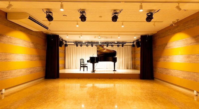 ピアノ演奏会・ダンス・アカペライベントの利用。ワークショップやヨガ・フィットネス多目的に利用可能