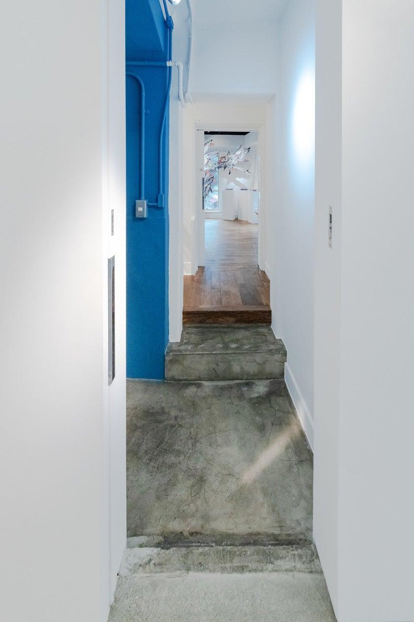 銀座90年の時を刻む!歴史的文化財ビル。現代アートのギャラリー空間 & 銀座の昭和通りを望む屋上 のサムネイル