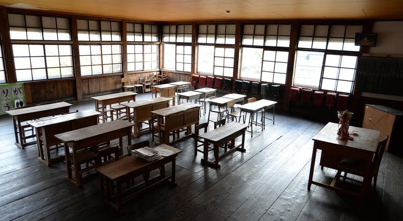 【秋田・湯沢市】築110年、当時の雰囲気に思いを馳せられる小学校 (湯沢市指定文化財)