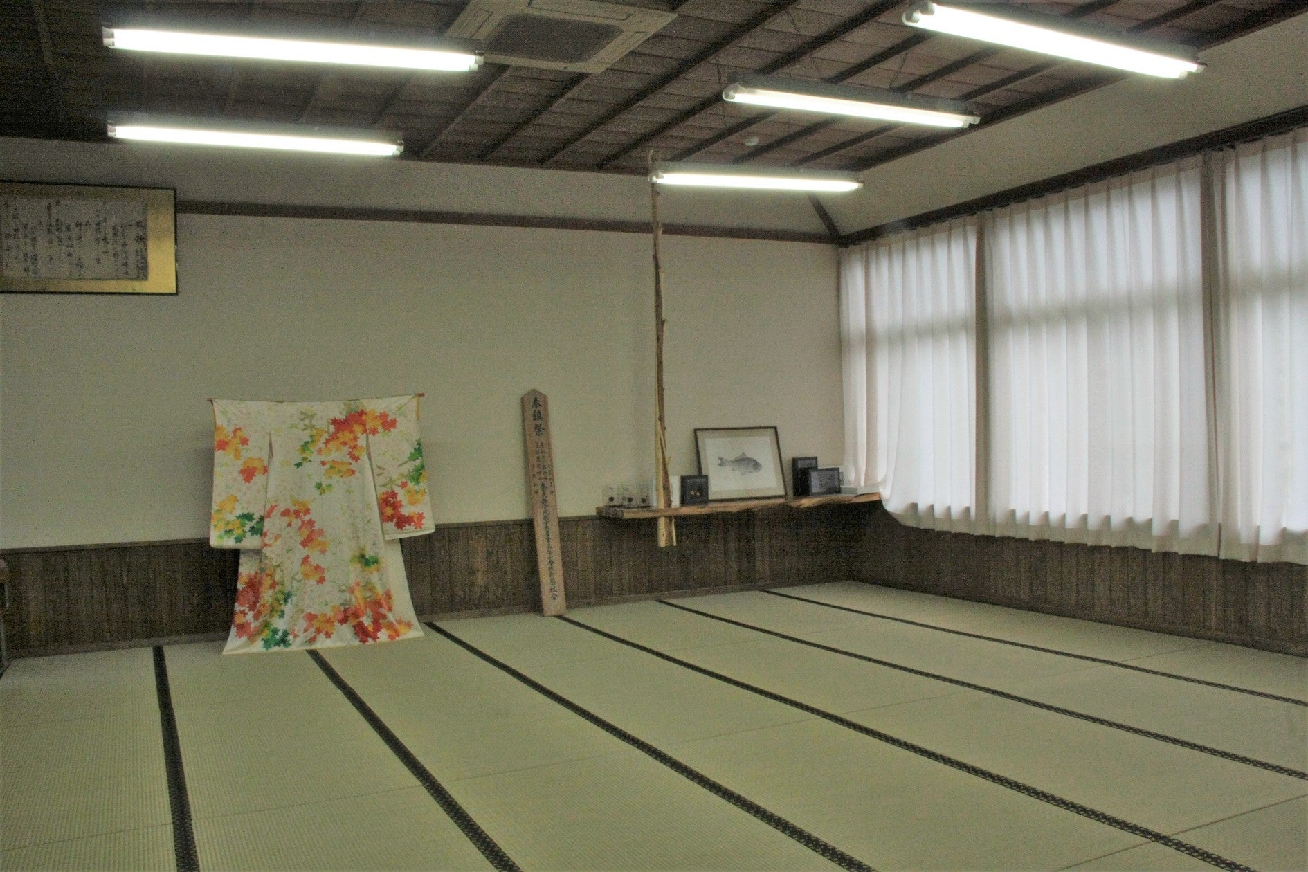教室を改装した和室!撮影、同窓会・イベント利用など大歓迎/ 営業9:00-17:00(旧・宇太小学校(奈良カエデの郷ひらら)) の写真0