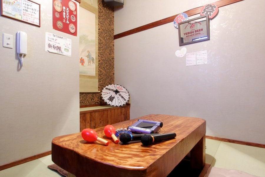 生き物たくさんカフェスぺース!100インチスクリーンあり☆イベント・ママ会・女子会・貸切利用などに! の写真