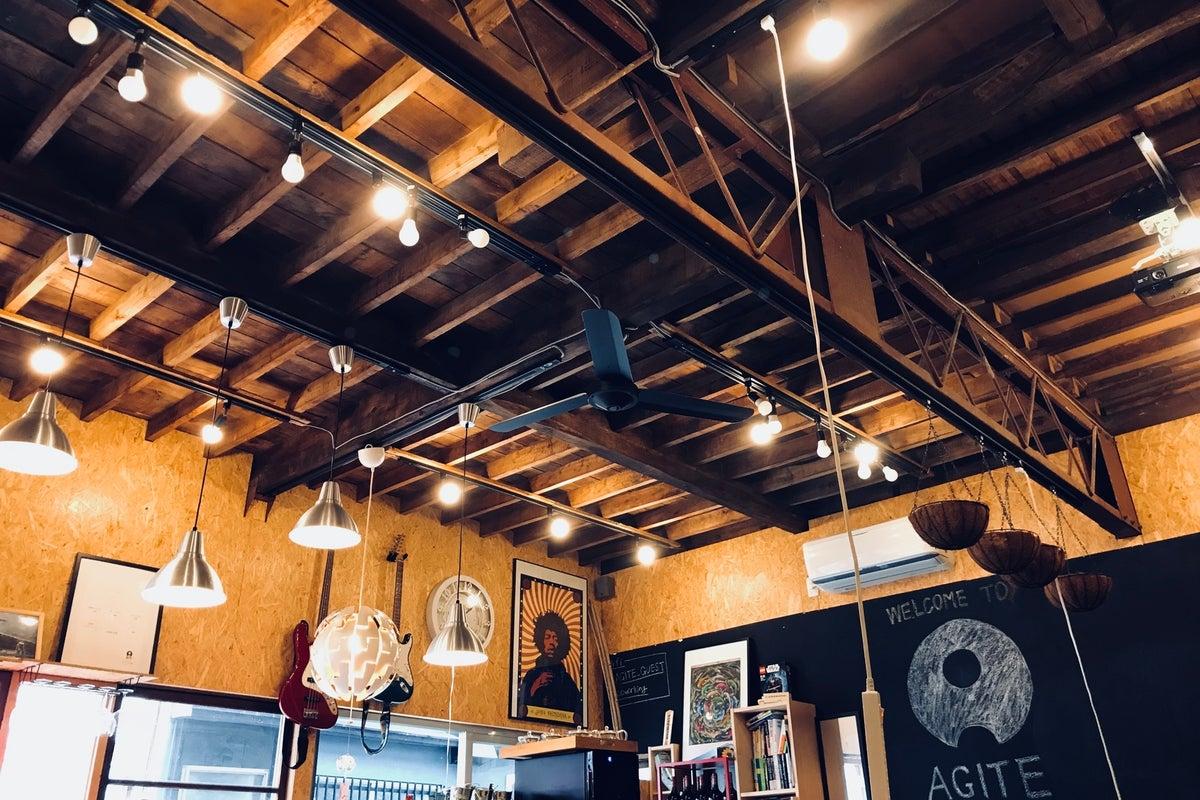 ちょっとレトロで、めちゃくちゃ最新の、ワクワク古民家カフェスペース の写真