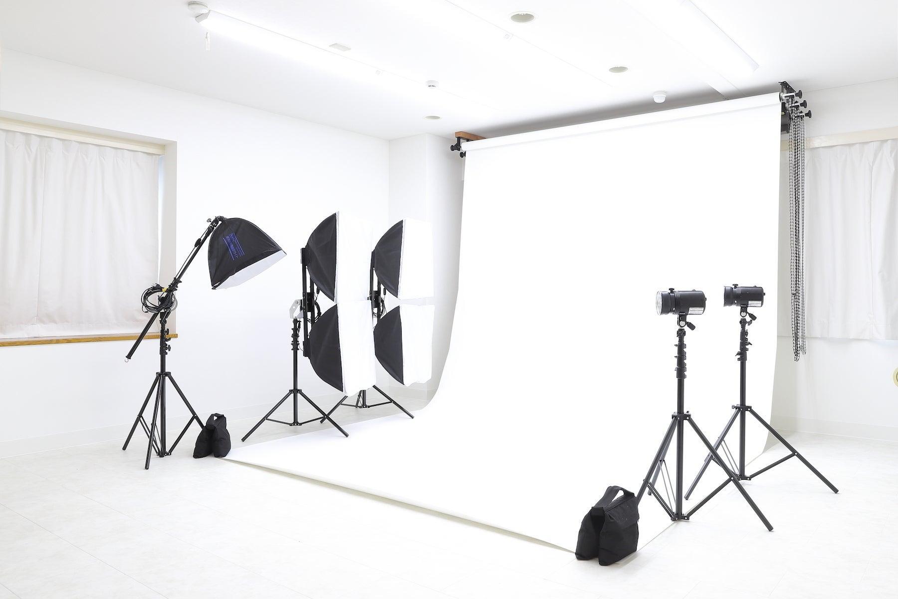 【studio switch】ヨガや会議等の多目的利用・9種類の背景が選べる撮影利用の2プランから選べる! の写真