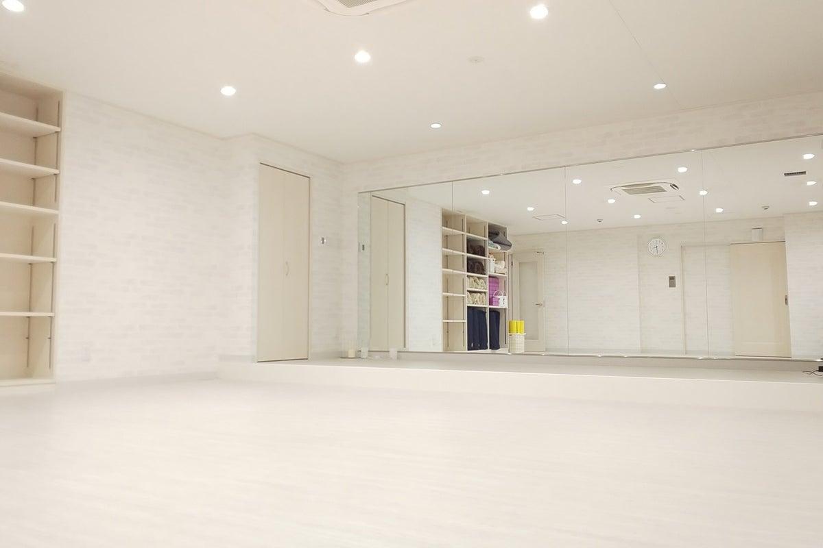 関内駅・日本大通り駅近!Wi-Fi完備、更衣室ありの広々とした新しいスタジオです♪ の写真