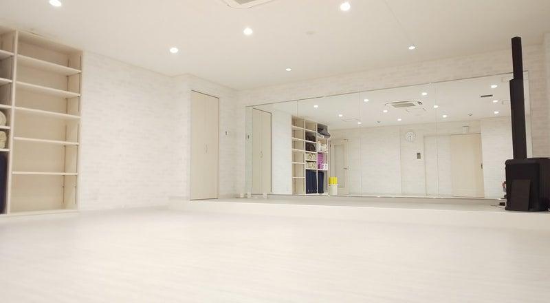 関内駅・日本大通り駅近!Wi-Fi完備、更衣室ありの広々とした新しいスタジオです♪