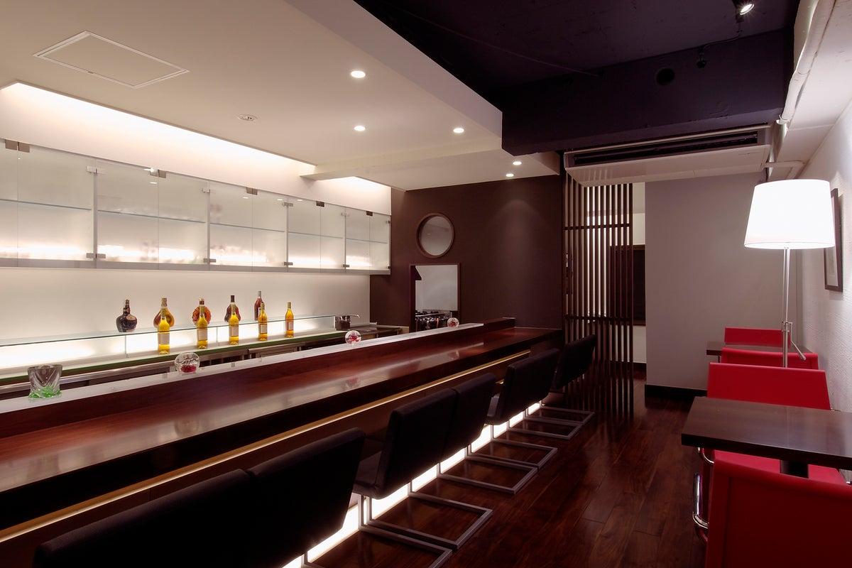 【渋谷・道玄坂 徒歩5分】オシャレなバーを丸ごと貸切!キッチンも利用可◎パーティーや撮影にご利用ください。【最大30名】 の写真