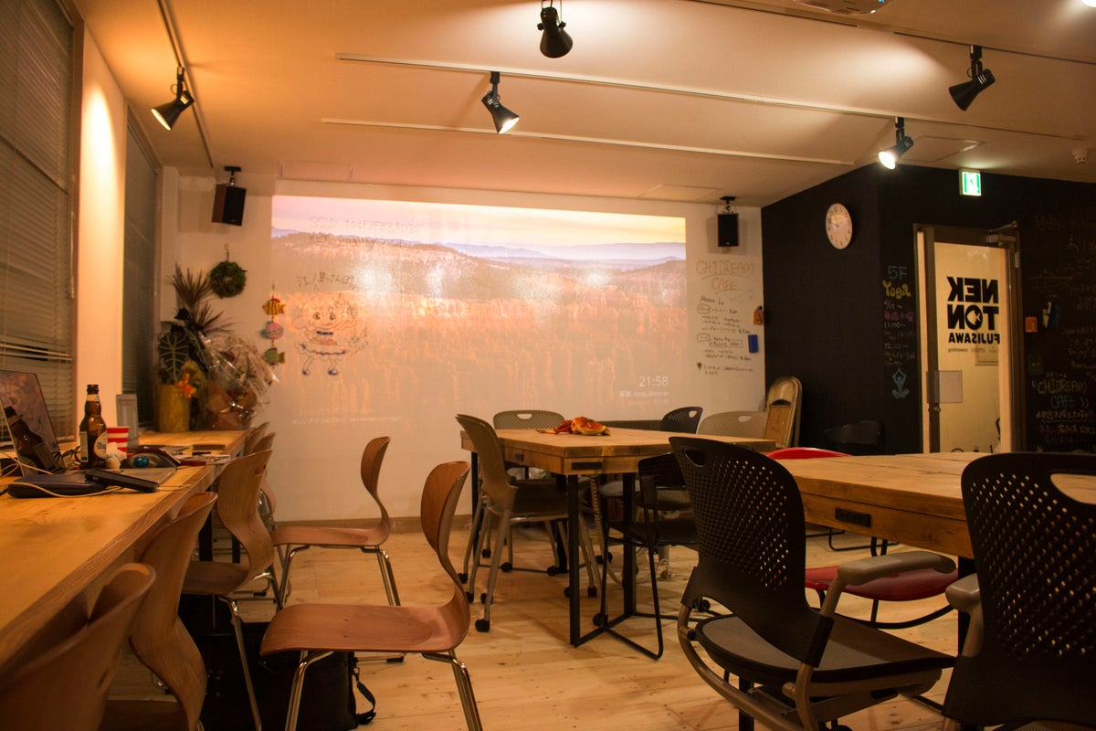 【湘南・藤沢】★ゆったり1日&おてがる半日貸切★コワーキングカフェ空間|パーティーや会議やワークショップや料理教室も! の写真