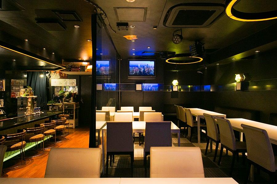 【赤坂見附 徒歩3分】最大60名収容可能なキッチン付きスペース!【カラオケ無料・大型モニター】 の写真