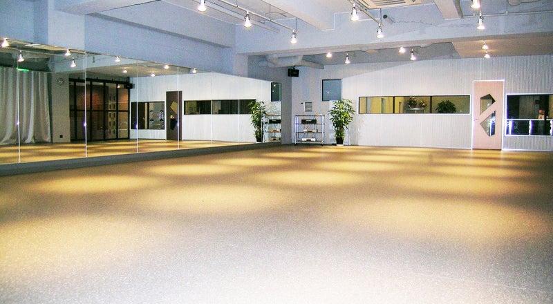 所沢ダンススタジオ 安くて広いフロアお探しの方はぜひ ダンス・ヨガ・フラ レンタル