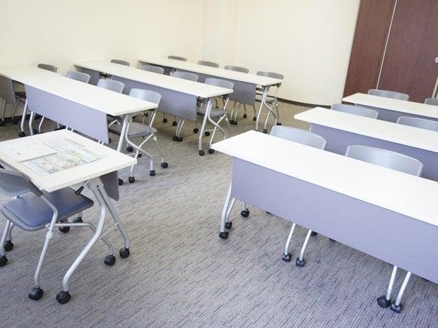 名古屋会議室 名駅モリシタ名古屋駅前店 第6会議室(最大21名) の写真