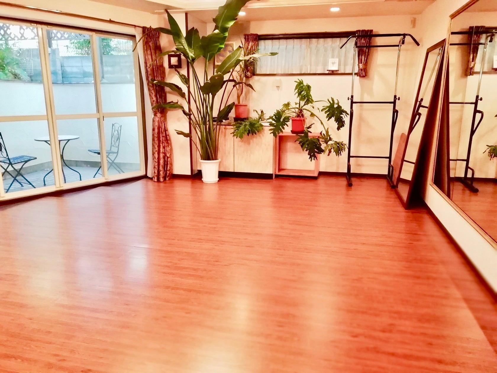 ダンス・ヨガ・ワークショップに!下北沢の隠れ家スタジオ Studio BAILA 下北沢    の写真