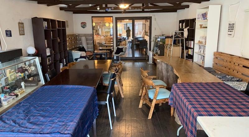 多目的イベントスペースどのようなご要望にも可能な限りお答えします。カフェ営業時間にはカフェ、お食事の御用意可能