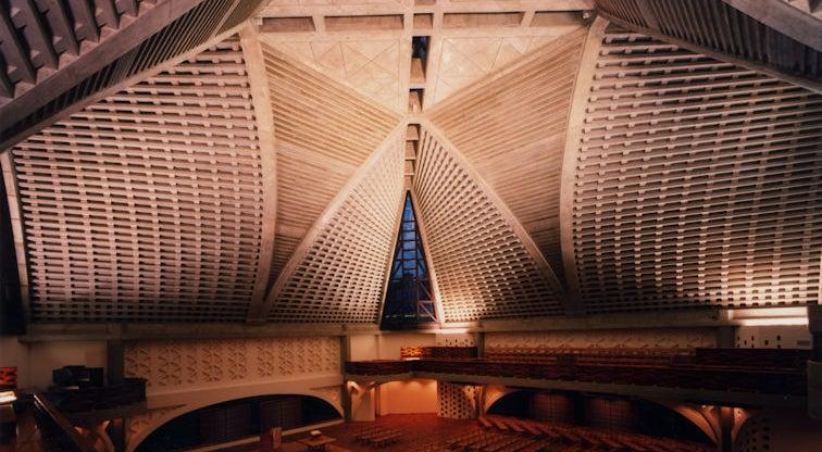【大久保駅すぐ】天井高のある神聖なチャペルでコンサートやイベント、撮影など