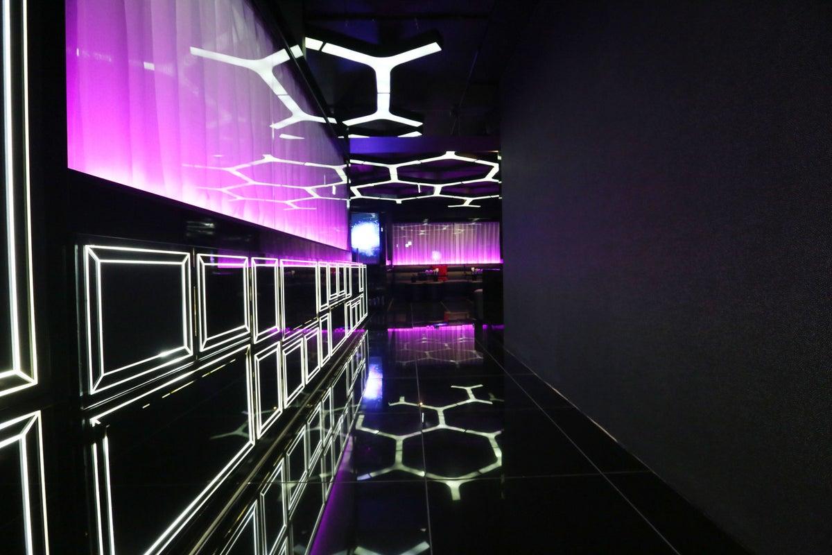 【新宿・歌舞伎町】未来的な空間のホストクラブを貸出 写真撮影/動画撮影/コンビニあり/JR新宿駅徒歩8分 の写真