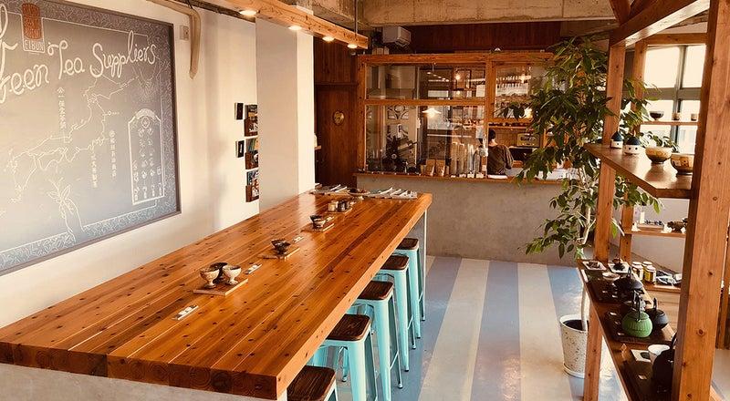 那覇・国際通り近く!お洒落なカフェ仕様・設備豊富なスペースでイベント・会議・撮影に。キッチンも利用可
