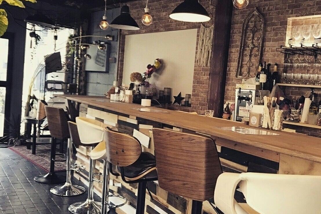 【お洒落で綺麗なカフェスペース♡】誕生日会・撮影会・セミナー・会議にも!使用用途は無限大!! の写真