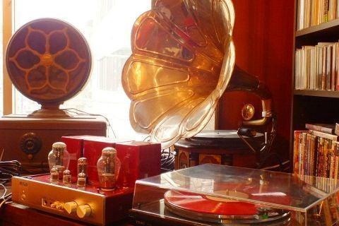 アンティーク調のジャズ・バー。演奏・ライブ・パーティー・ビジネスミーティングなどに! の写真