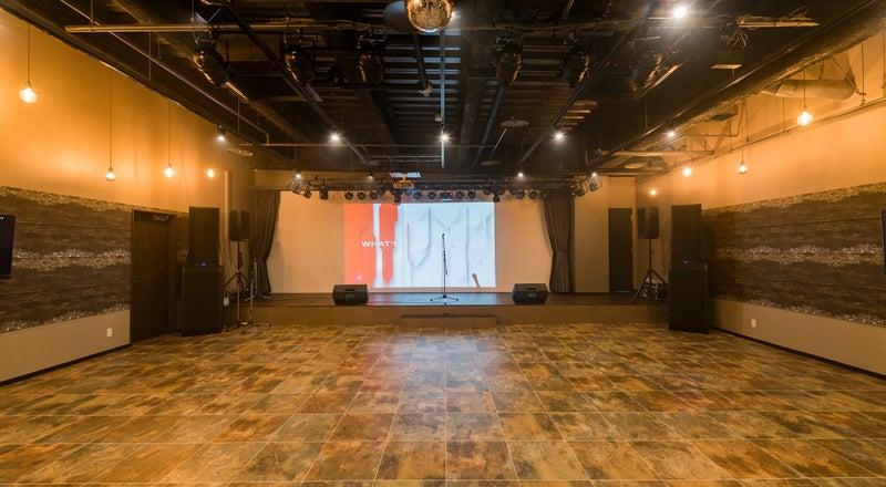 本格的な音響・特殊照明設備を完備。LIVE・Clubイベント・結婚式の二次会など 多目的ホール