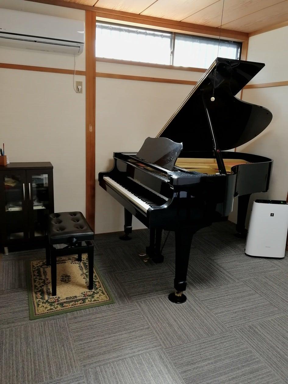 2LDKの1軒家を貸切!キッチン、冷蔵庫、冷暖房、洗面、浴室、トイレ完備!グランドピアノ有♪