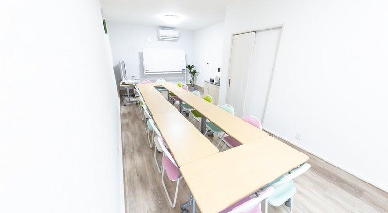 鶴橋New Open! キッチン付き新築路面店! 会議、レッスン、撮影、オフ会、パーティ等多目的に利用可。
