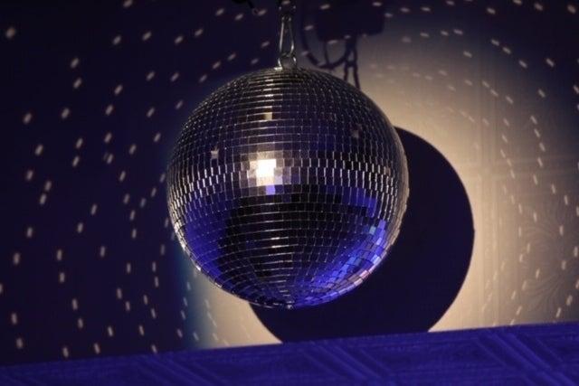 【池袋・ 大塚 ・巣鴨】広々100㎡!会議 ダンス 大音量イベントもOK!キッチン barカウンター、カラオケも完備!24h営業 の写真