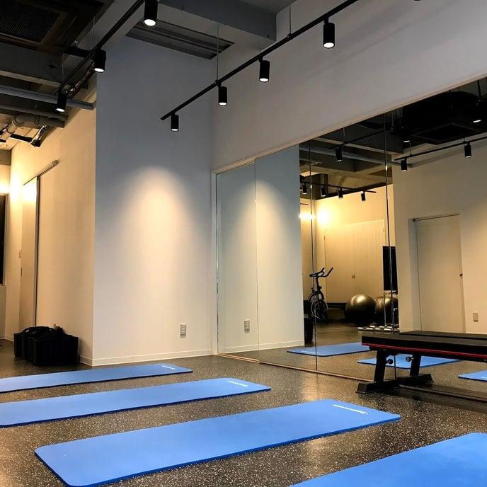 中洲川端駅から徒歩7分にあるスタジオです。