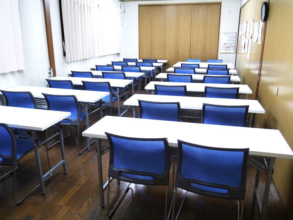 【駐車場あり】セミナー、ワークショップ、会議室、貸し教室として最適なセミナールーム【大阪空港から15分】 の写真