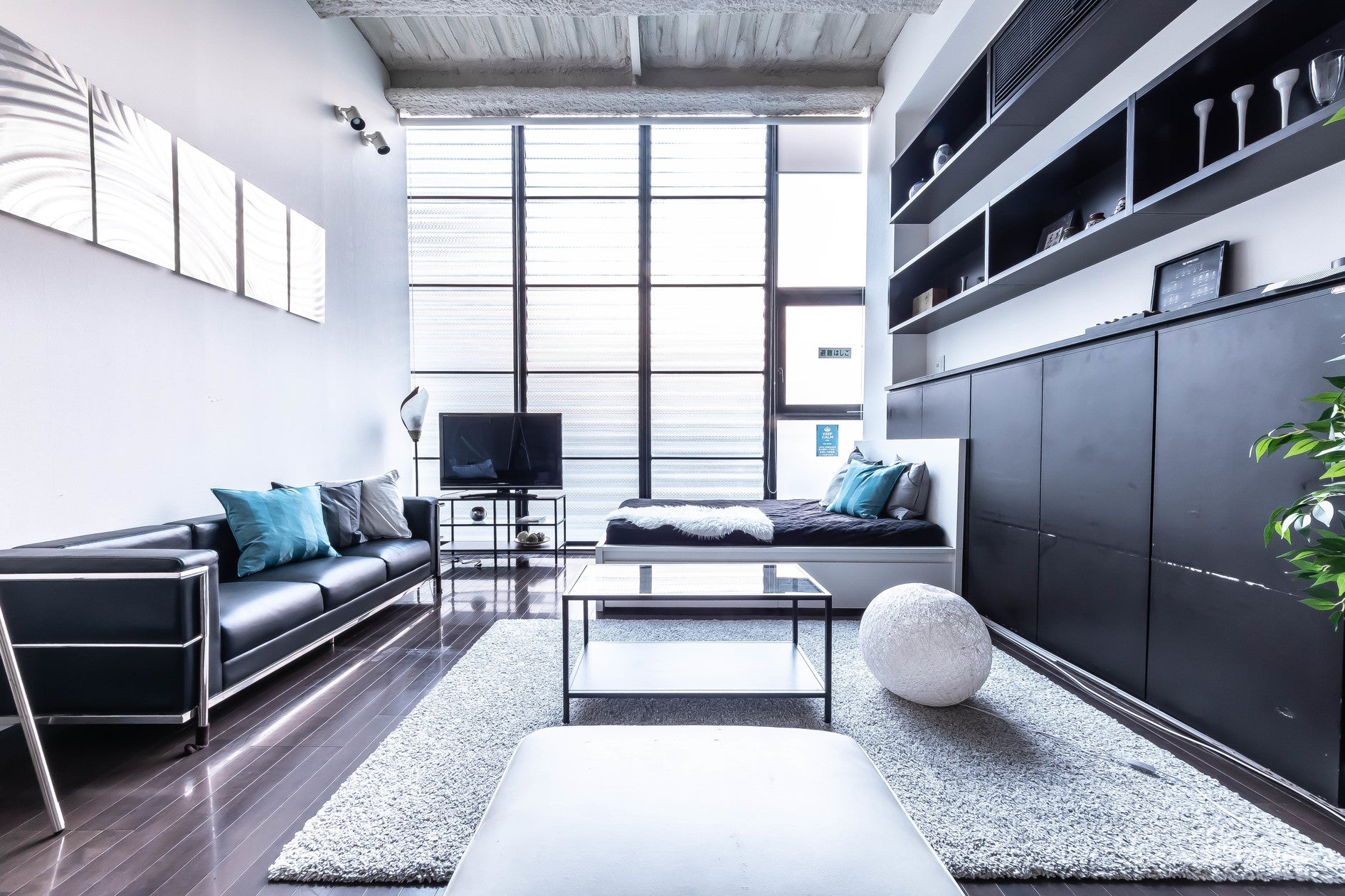 A3.デザイナーズ設計のキッチン付撮影スタジオ TV・雑誌の撮影多数、大人パーティにも最適!