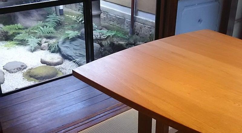 京町家の坪庭が見える可愛い小部屋です!