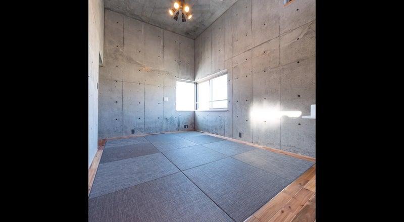 RC打ちっ放しの天井高4m おしゃれな空間で撮影・イベント・会議・セミナー・レッスンなどに。
