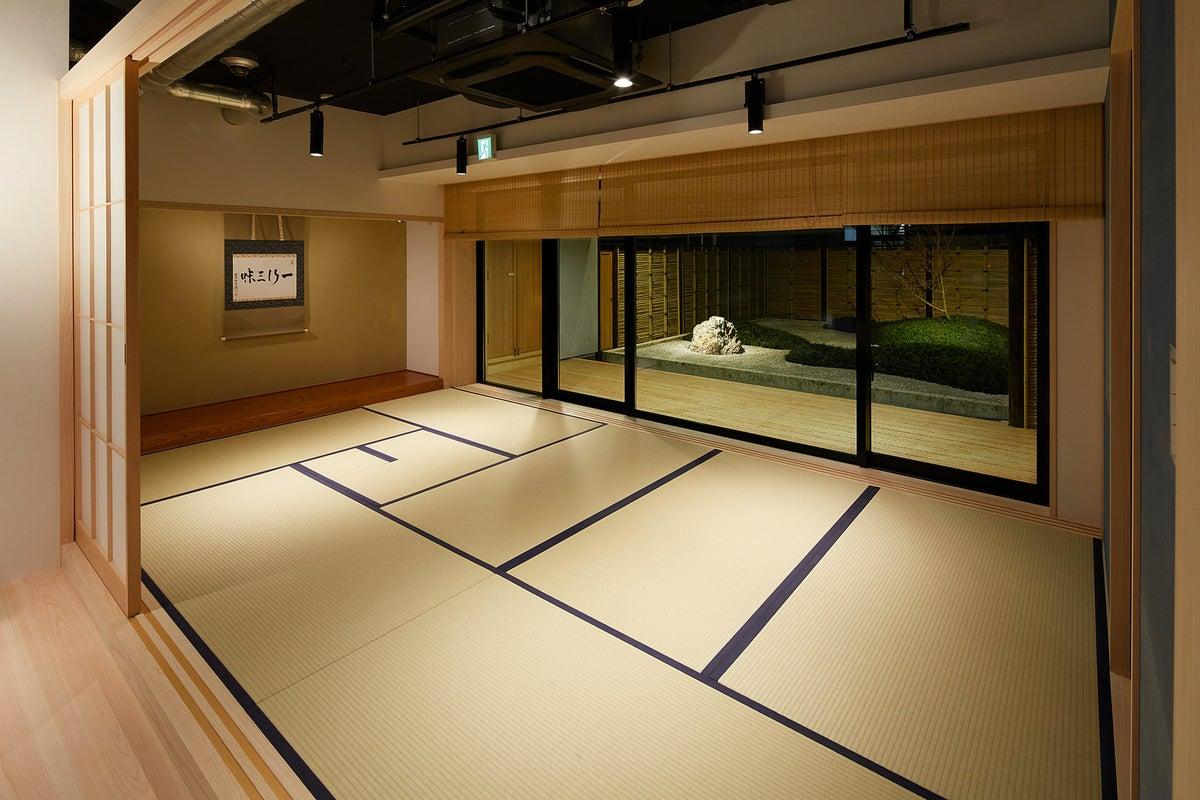 Akasaka Zen Space【打ちっ放しのエリア、庭園付き和室、テラスで構成されたスペース】 の写真