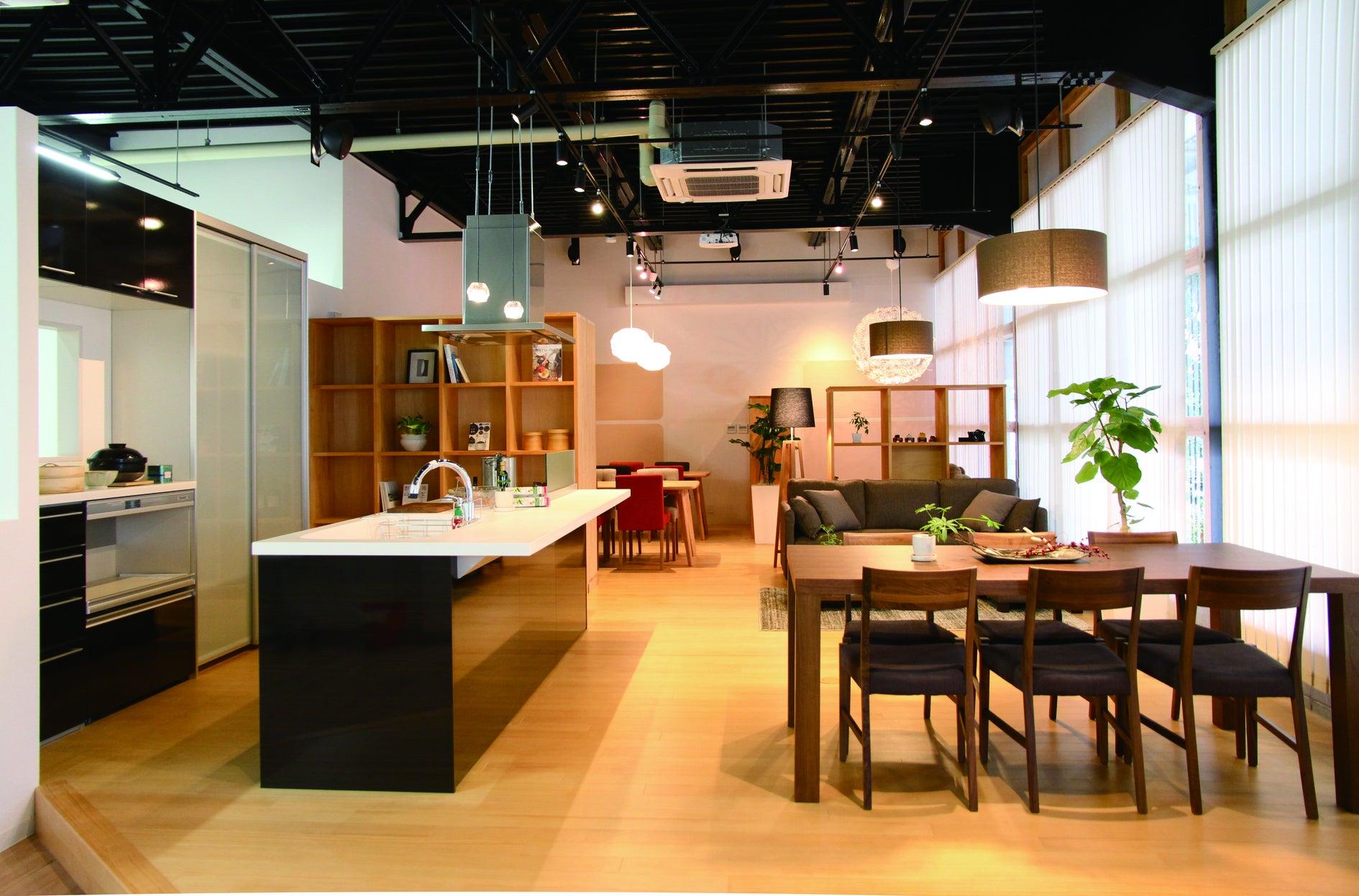 床暖完備!倉庫をリノベしたスペース!展示販売会・ワークショップなどに! の写真