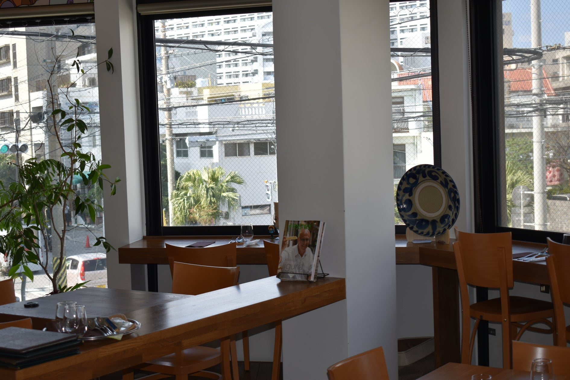 キッチン付きレストランです。女子会、お誕生日会、ママ会、ロケ、撮影会、会議、料理講習会などに。 の写真