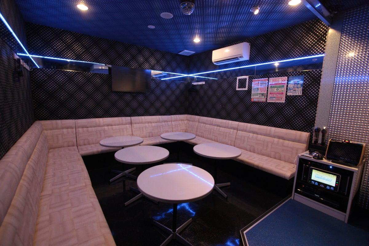 【栄駅から徒歩5分】無料Wi-Fi完備・無料ドリンクバー使い放題(ジャンカラ錦本店) の写真