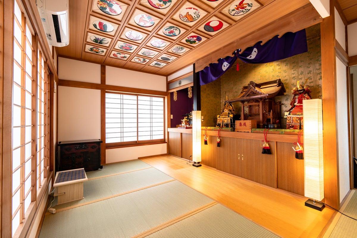 寛容宿所宗家、天井絵、神社、室内野点茶屋、ワンダフル俺流和もどき戸建 の写真