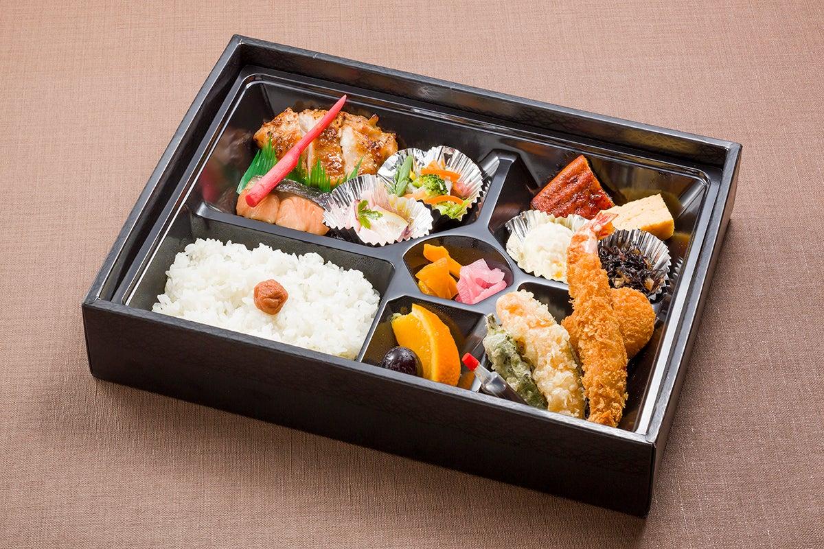 アパホテル富士中央3階【富士の間】コンパクトな会議室です。 の写真