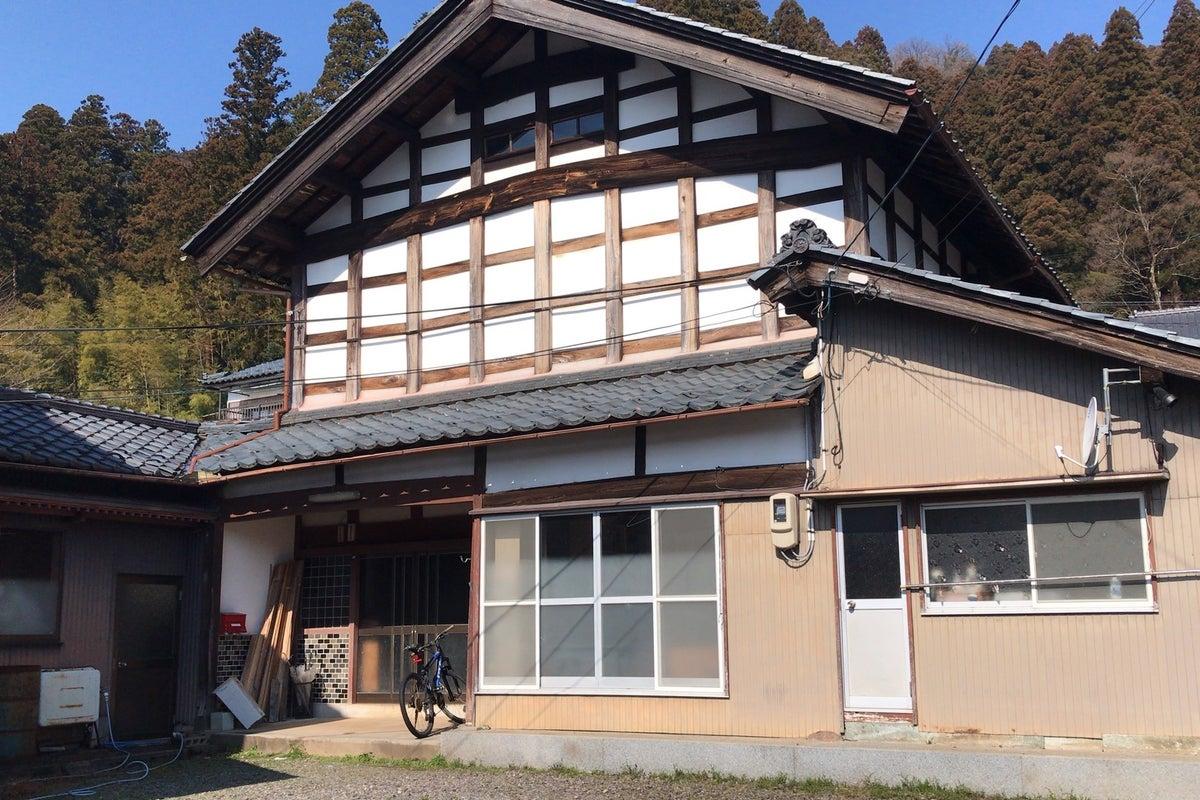古き良き日本の古民家!近くには神社があり、自然豊かで静かな環境です。企業研修や合宿にご利用ください! の写真