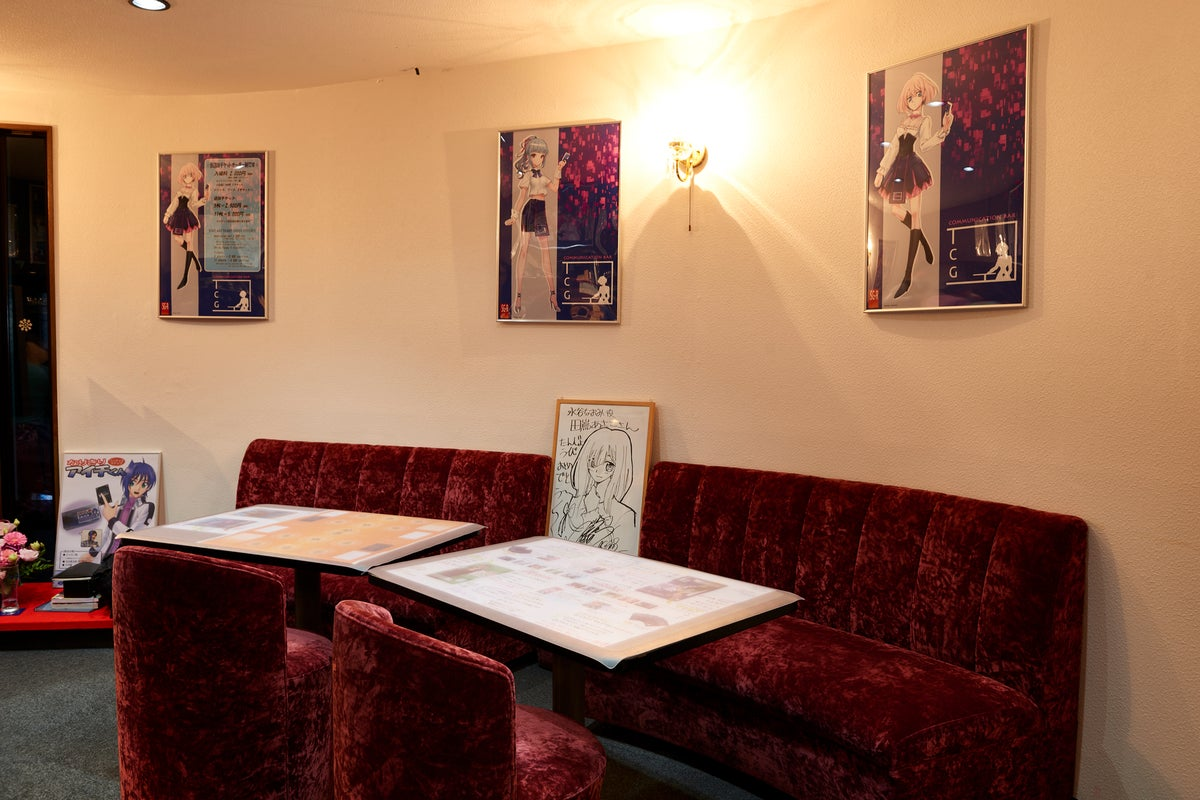 【TCG用ファイトテーブル有り】ゲーム会や1日バー店長にピッタリのカフェ&バー!! の写真