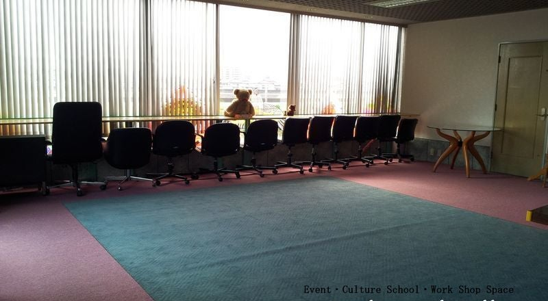 見晴らしのいいスペース☆ピアノ練習·お教室·ワークショップ·会議利用などに!子供のおもちゃも完備♪