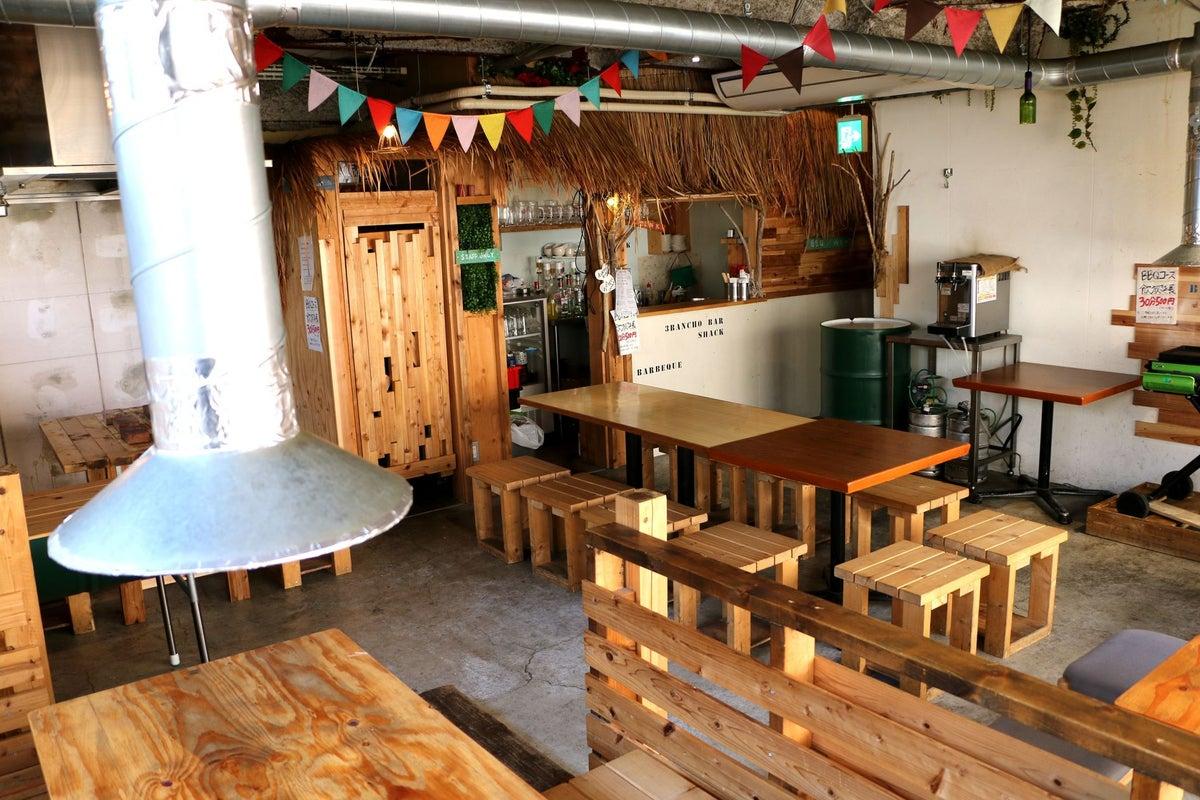 アメリカ西海岸風スペース「サンバンチョウバル」。アウトドア系イベント、試食会、試飲会などに! の写真