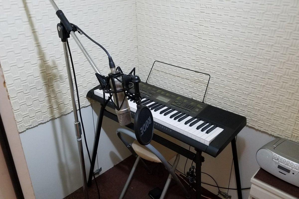 超激安!小型のスタジオ。心斎橋から1駅、個人レッスンや個人練習に。歌や声の録音、ワークショップにも使えます。 の写真