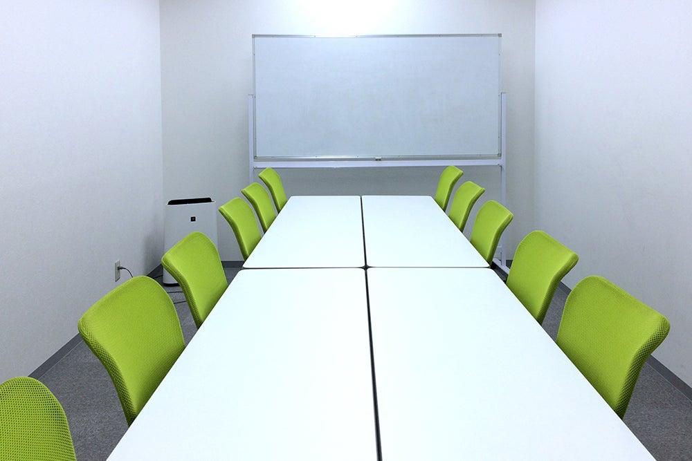 【大阪駅徒歩4分】58 研修・セミナー・説明会にぴったりのお部屋です。 の写真
