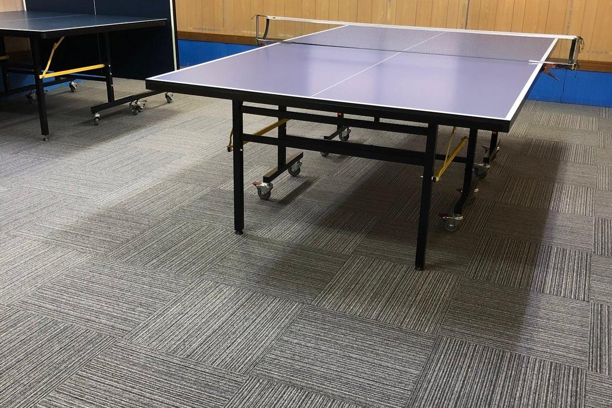 古い倉庫ですが卓球台・ダーツ設置!サークルや勉強会会議など利用者様の専用空間となります。 の写真