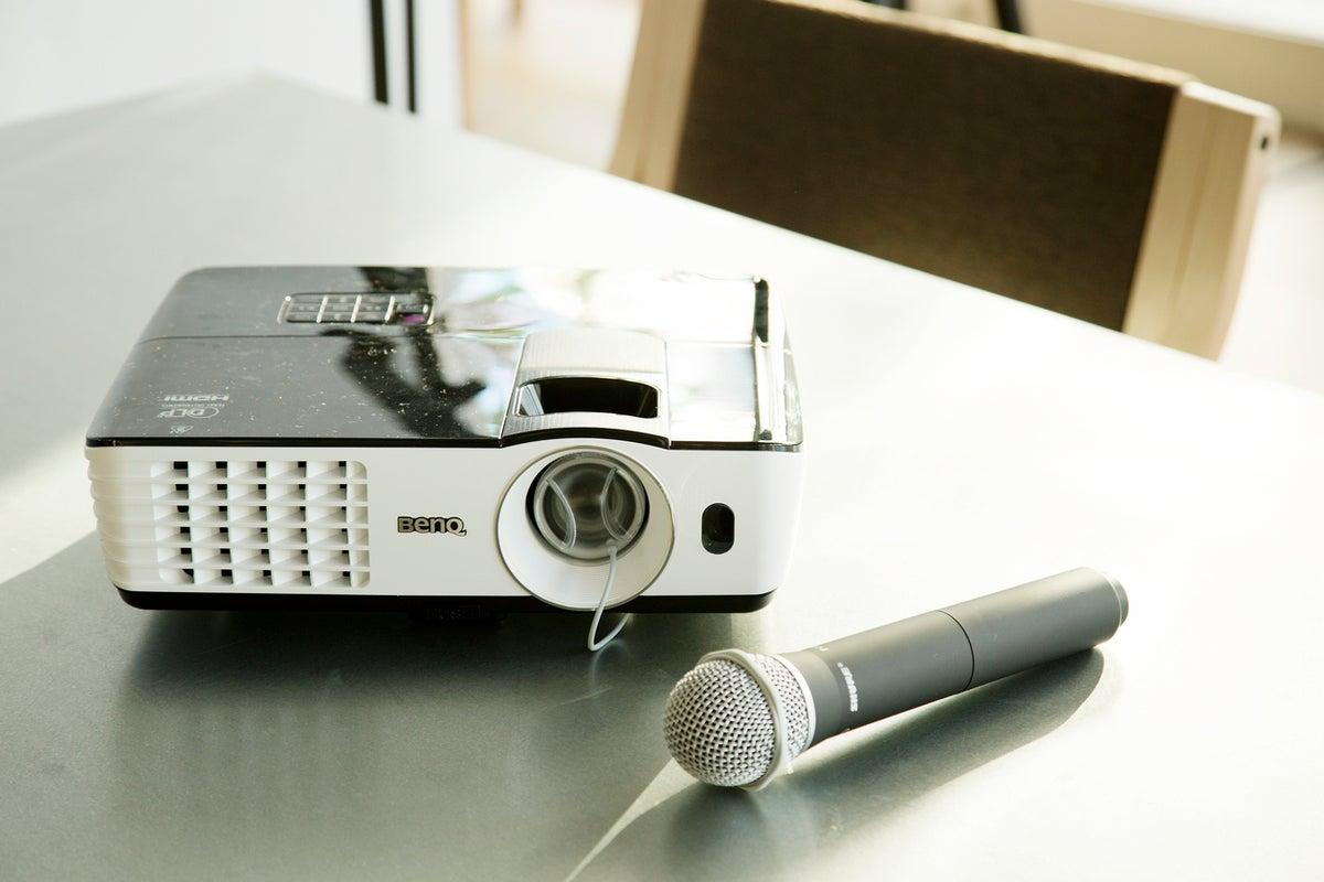 【大崎】ROOM2/開放感のあるカフェスペース。地域交流やビジネスコミュニケーションに。 の写真